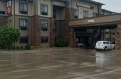 Best Western Plus Grand Island Inn & Suites - Grand Island, NE