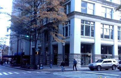 Finest's Reweavers - Atlanta, GA