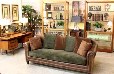 Ordinaire Upscale Consignment Furniture U0026 Decor   Gladstone, ...