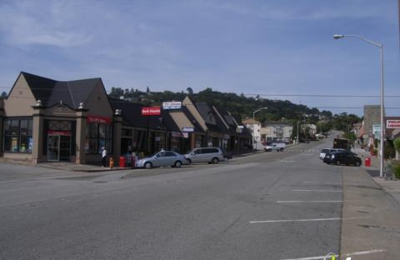 Salon Sur La Rue - San Mateo, CA