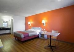 Motel 6 Kingman West - Kingman, AZ