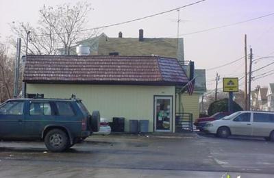 Daybreak Doughnuts - Bridgeport, CT