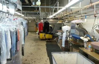 V.I.P. Cleaners - Dekalb, IL