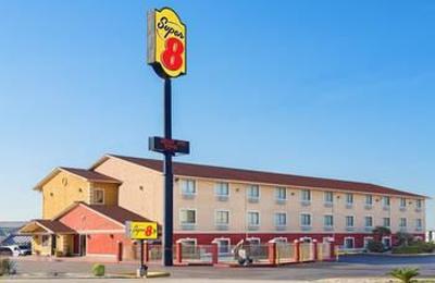 Super 8 San Antonio/I-35 North - San Antonio, TX