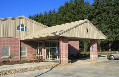 Turkeyfoot Family Pet Center - Akron, OH