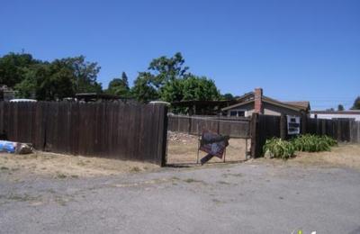 C & W Tree & Landscape Co - Martinez, CA