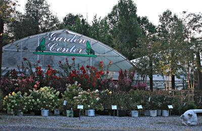Eads Landscape Garden Center 1450 Bleich Rd Paducah Ky 42003 Yp Com