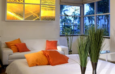 Nassau Suite Hotel - Miami Beach, FL