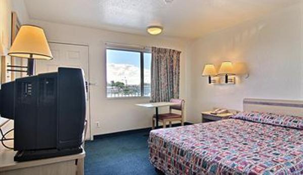 Motel 6 Farmington - Farmington, NM