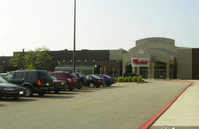 JCPenney Home Store - North Olmsted, OH