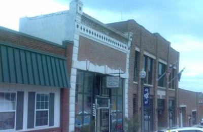 Pine's Hairstyling & Tanning Salon - Platte City, MO