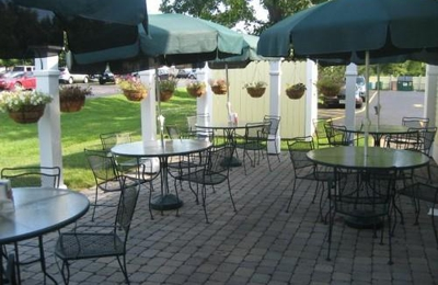 Mcardle S Restaurant Catering Fairport Ny