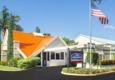 Howard Johnson Inn - Vero Beach, FL