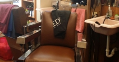 Feature Cut Barber Stylists - Minneapolis, MN. Comfortable and Clean. Cosy Big Barber Chairs.