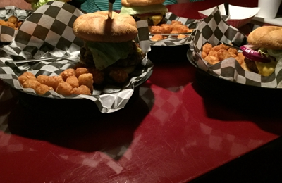 Willy's Burger and Booze - St Pete Beach, FL. Best burgers in St. Pete!