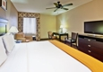 Holiday Inn Express & Suites Clinton - Clinton, MS