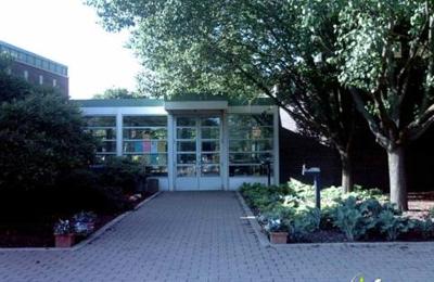Friendship Park Conservatory - Des Plaines, IL