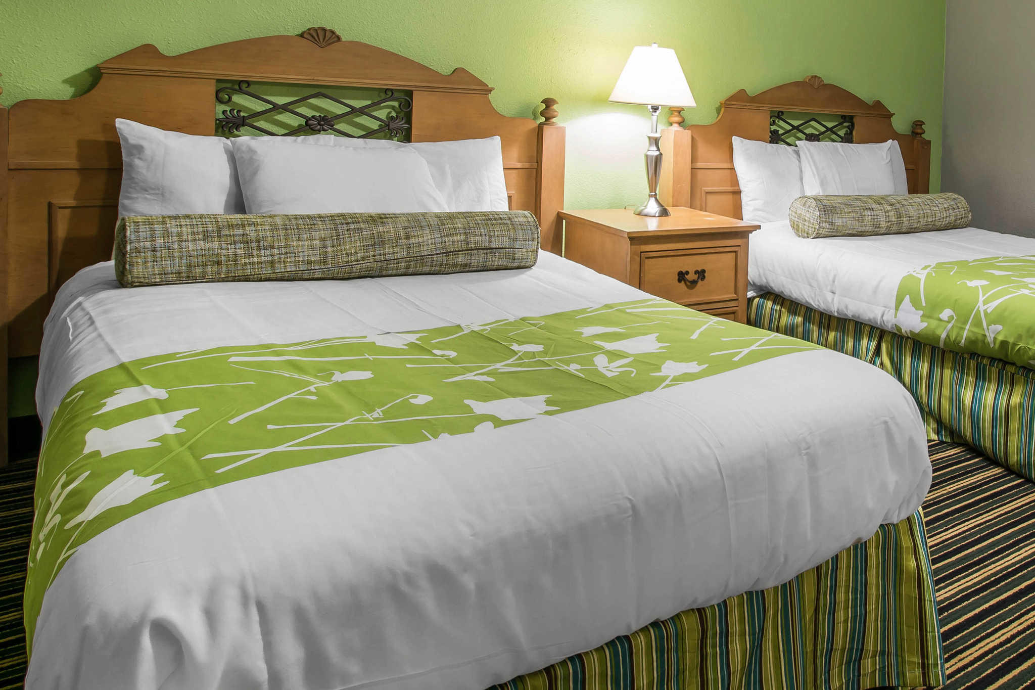 rodeway inn u0026 suites winter haven fl 33884 yp com