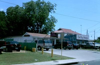 Twin Scissors - San Antonio, TX