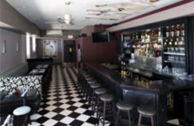 Varga Bar - Philadelphia, PA