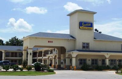 Rodeway Inn - Alvin, TX