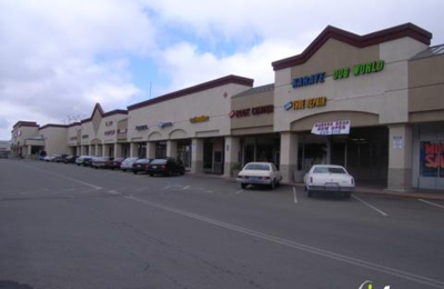 Ashlan Park Shopping Center - Fresno, CA