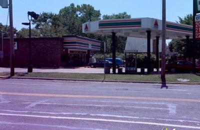 Citibank ATM - Saint Louis, MO