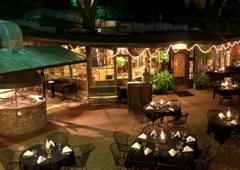 Grey Moss Inn - Helotes, TX