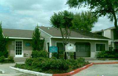 Arbor Court Apts 802 Seminar Dr, Houston, TX 77060 - YP.com