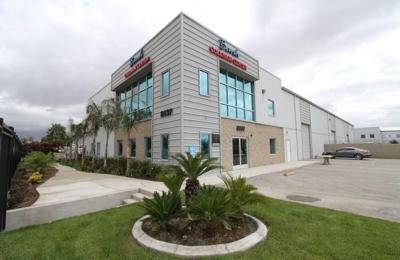 Banh Collision Center - Fontana, CA
