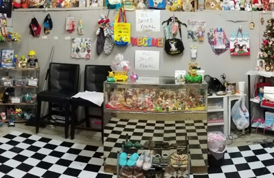 Bandera Road Flea Market - San Antonio, TX. Space I-11 A AND V TOYS AND COLLECTIBLES. Come by and VISIT US