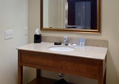 Hampton Inn & Suites Holly Springs - Holly Springs, NC