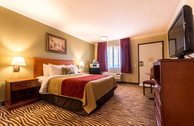 Comfort Inn at Irvine Spectrum - Laguna Hills, CA