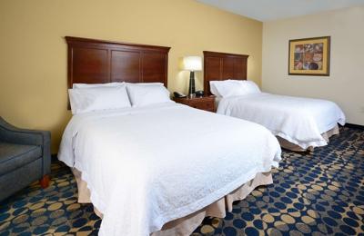 Hampton Inn & Suites Durham/North I-85 - Durham, NC