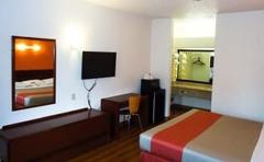 Motel 6 Covington Tn
