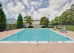 Days Inn Asheville West - Candler, NC