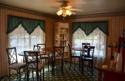 Days Inn - Eureka Springs, AR