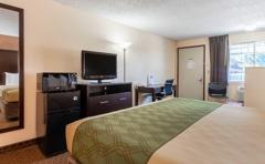 Econo Lodge Inn & Suites Hillsboro - Portland West