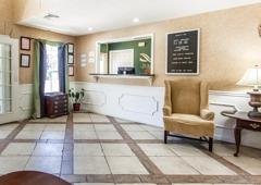 Quality Inn - Decherd, TN