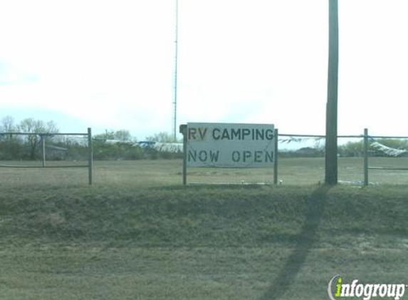 Cactus Country RV Park - San Antonio, TX