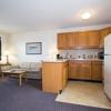 Airport Value Inn & Suites