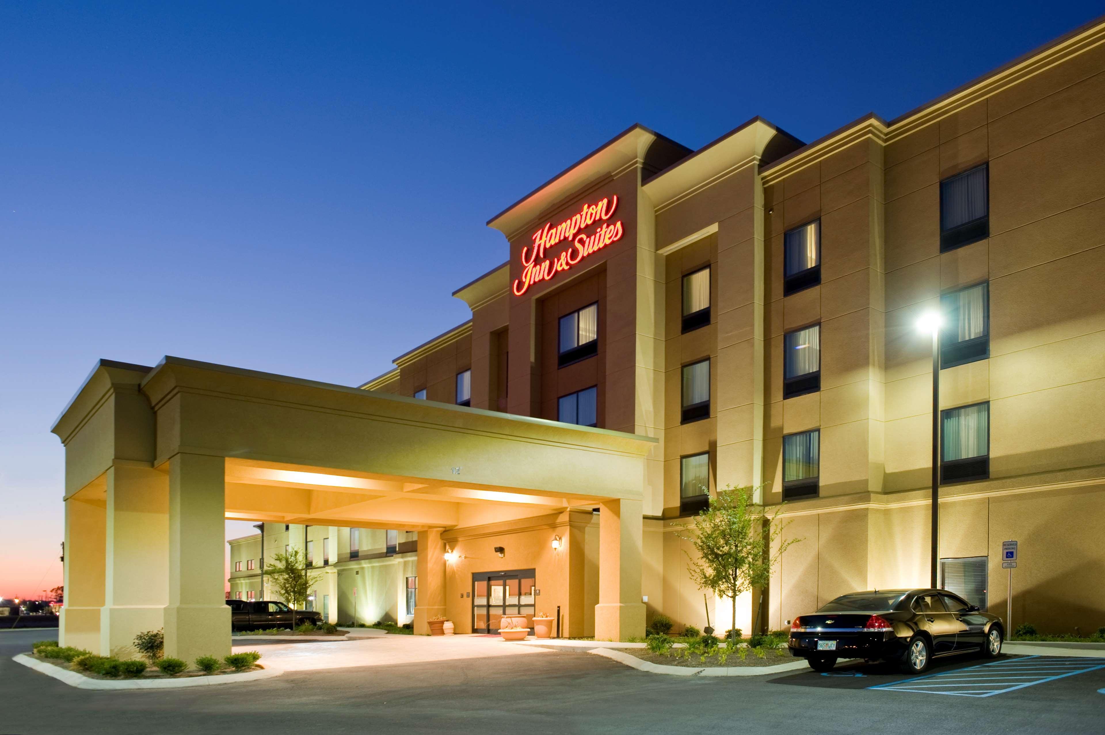 Hampton Inn Amp Suites Tupelo Barnes Crossing 1116 Carter Cv