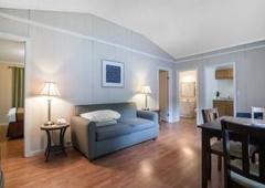 Americas Best Value Inn & Cottages - Wells, ME