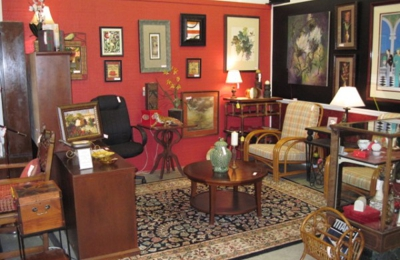 Scallywag S Consignment Furniture Waynesville Nc