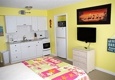 Sun Tan Village Motel - Fort Myers Beach, FL