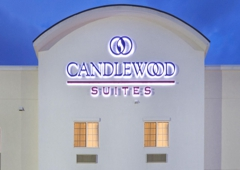 Candlewood Suites Fairbanks - Fairbanks, AK