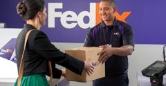 FedEx Office Ship Center - Oak Brook, IL