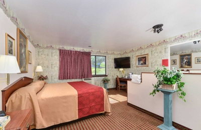 Rodeway Inn & Suites Wi Madison-Northeast - Madison, WI