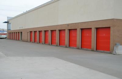 U Haul Moving U0026 Storage Of Apple Valley   Saint Paul, ...