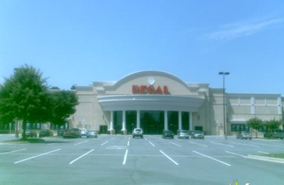 Regal Cinemas Stonecrest at Piper Glen 22 & IMAX - Charlotte, NC